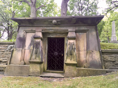 Looking at the entrance of the Gzowski Mausoleum